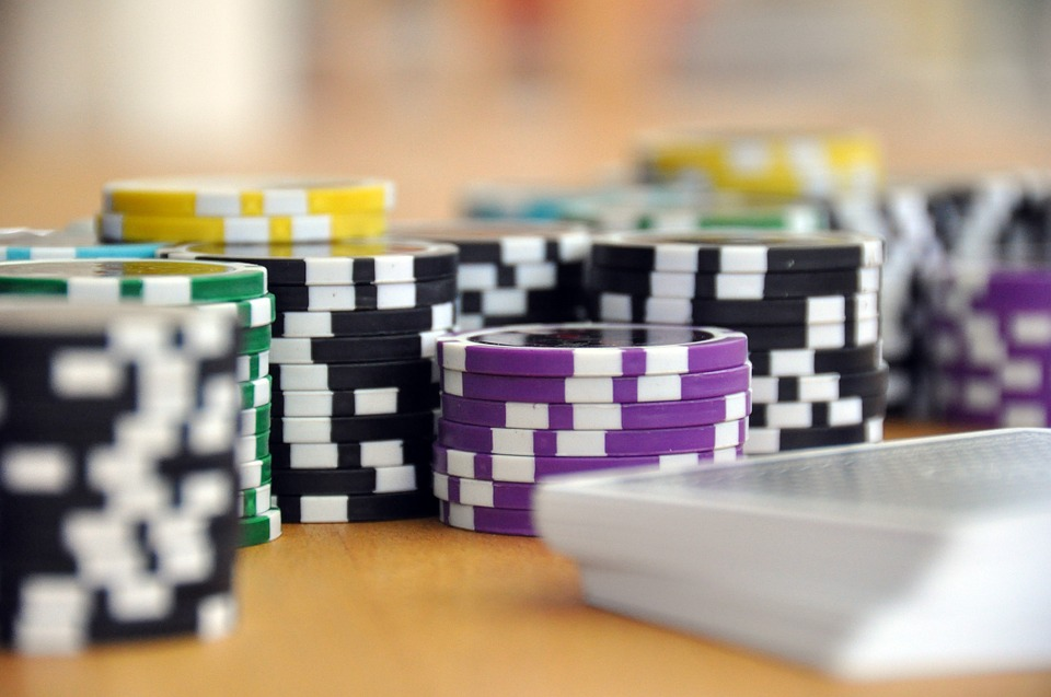 How & Where to Play Three-Card Poker in Lagos
